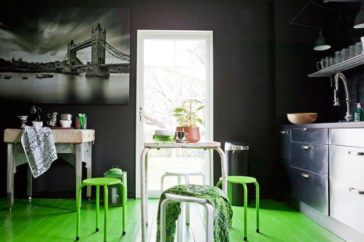 Totalrenoverat hus - Borlänge - Casa