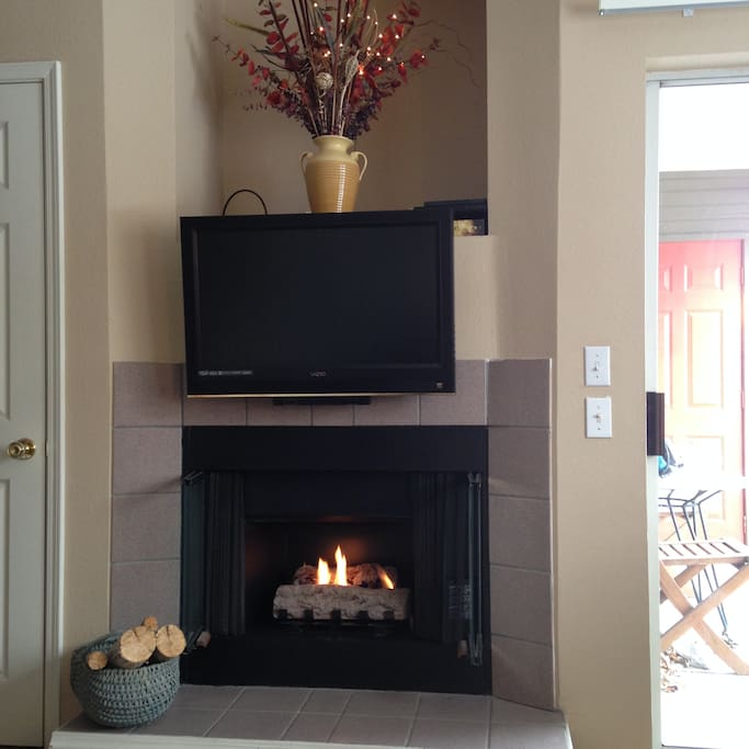 Fireplace with TV and mantle