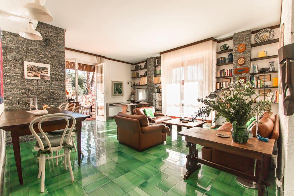 Eleganti terrazze sul mare appartamenti in affitto a - Bagno italia giuliana ...