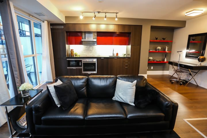 1 Bedroom Suite - Downtown Core
