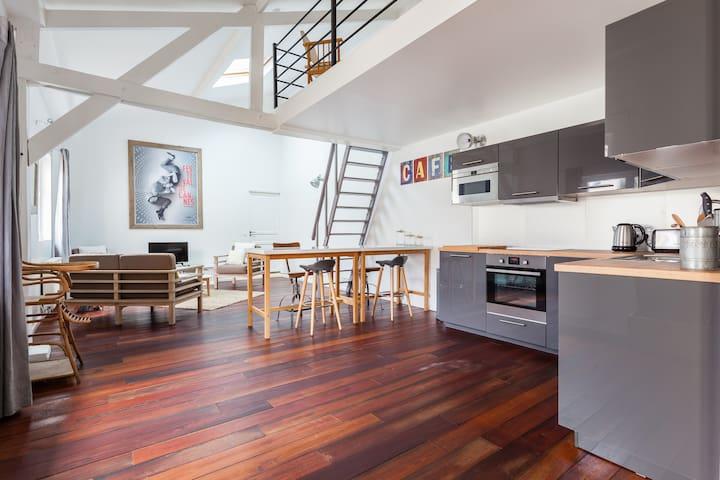 Studio/loft Colombes (Paris 15 min) - Colombes - Çatı Katı
