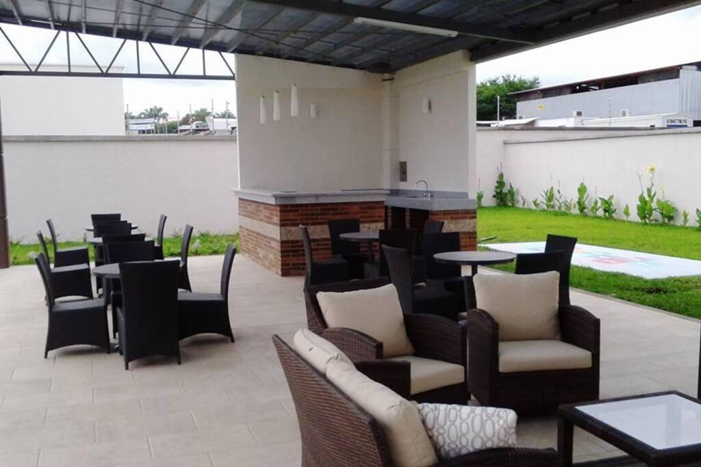 Área de Eventos en la Casa Club (Clubhouse)