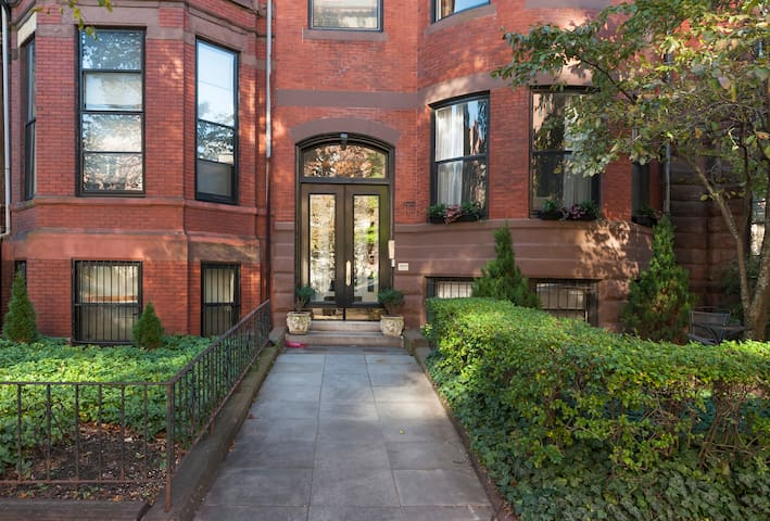 Perfect Back Bay 1BR; Walk the City