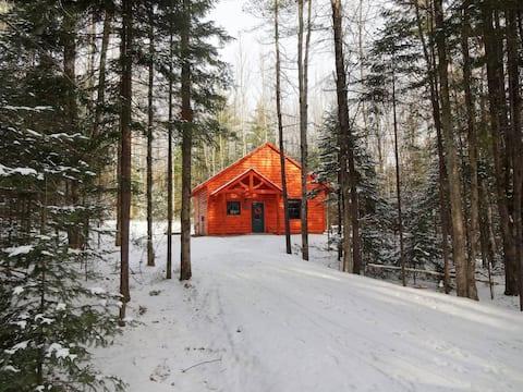 Hemlock Hideaway Cabin