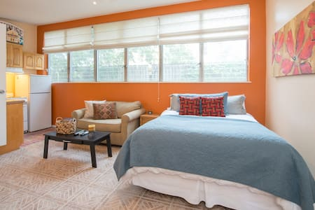 Private Guesthouse in Orlando - Winter Park