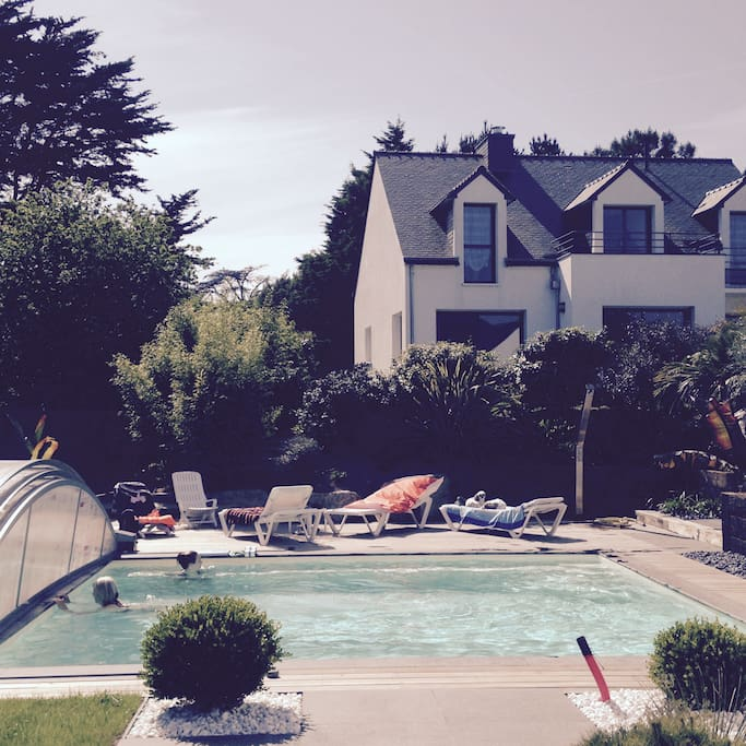 Albatros vues golfe du morbihan villas for rent in for Camping golf du morbihan piscine couverte