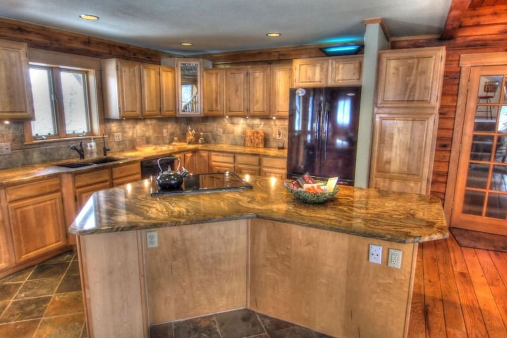 Gorgeous countertops in the fully equipped kitchen