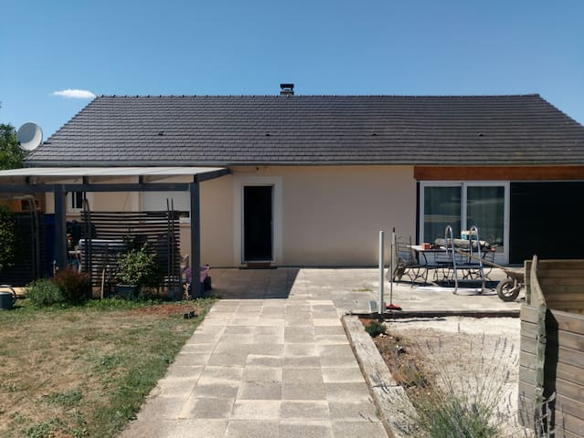 Huis in Gignac  Lot (46)  Dordogne,zwembad.