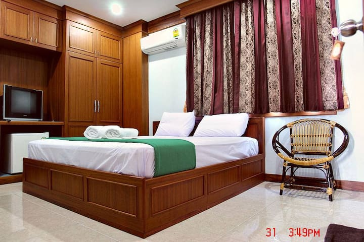 Standard Double Bed with Air-con. - Thani