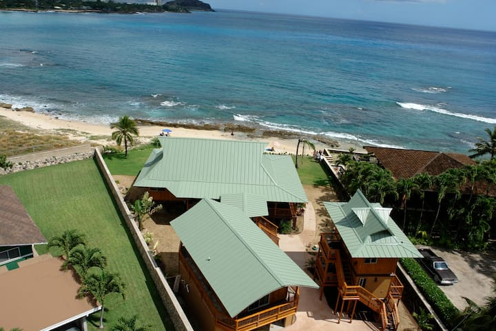 Makaha Beach Front Bamboo Compound Studio