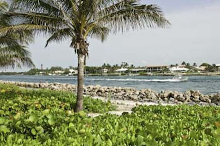 Palm Beach County/ Jupiter  Annual Furnished