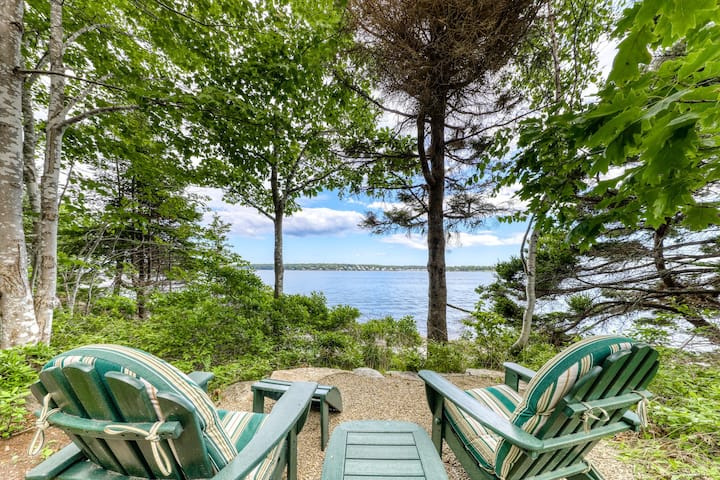 New listing! Luxury oceanfront home & carriage house w/ amazing views!