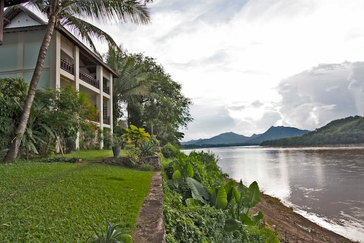 Balcony Suite with view of Mekong - Luang Prabang city - Apartment