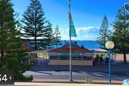 coogee beach front 2 - Coogee - Apartment