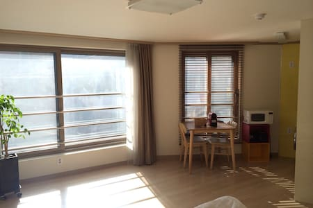 [Take urban] clean & simple studio - Seocho-gu - Apartment
