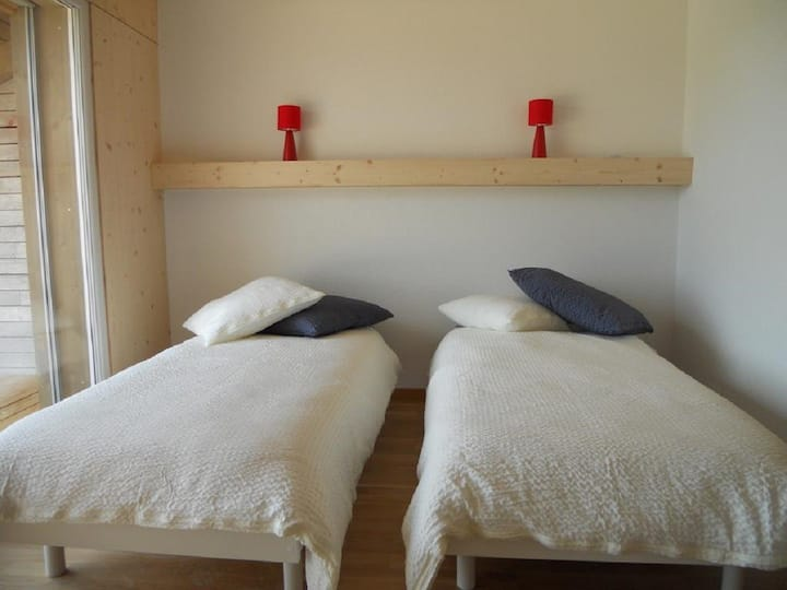Gîte - Chez Toinette, (Saignelegier), Bed & Breakfast, 1-2 pers., 1 room