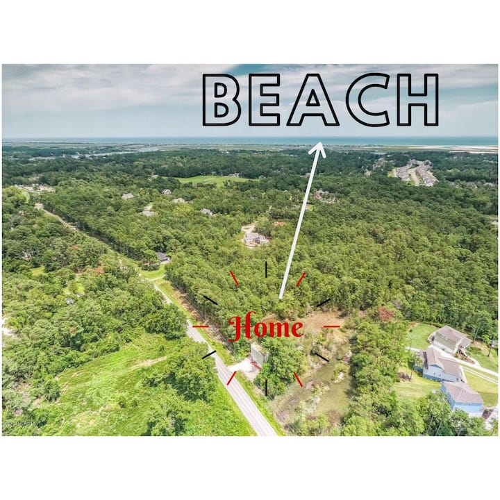 Secluded Home w/ Rooftop Access - mins 2 Beach
