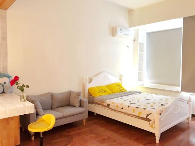【近光谷、街道口】高层一室温馨地中海风精装小公寓