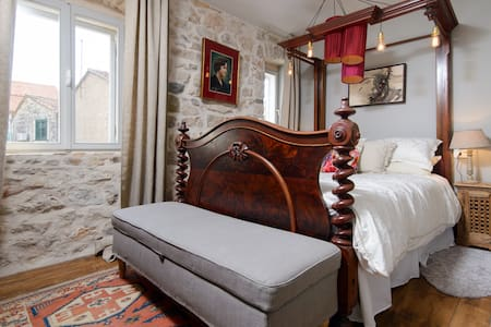 Room Marie, Hidden House, friendly boutique B&B - Stari Grad