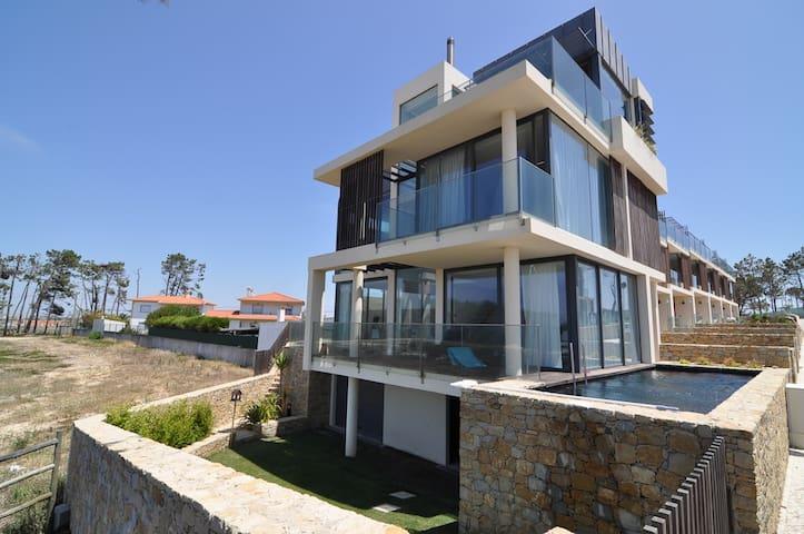 Eco Villa with Pool- stunning views - Silveira - Rumah