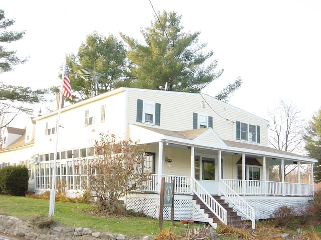 B&B Mountain View King Bed Pvt Bath - Goshen - Bed & Breakfast
