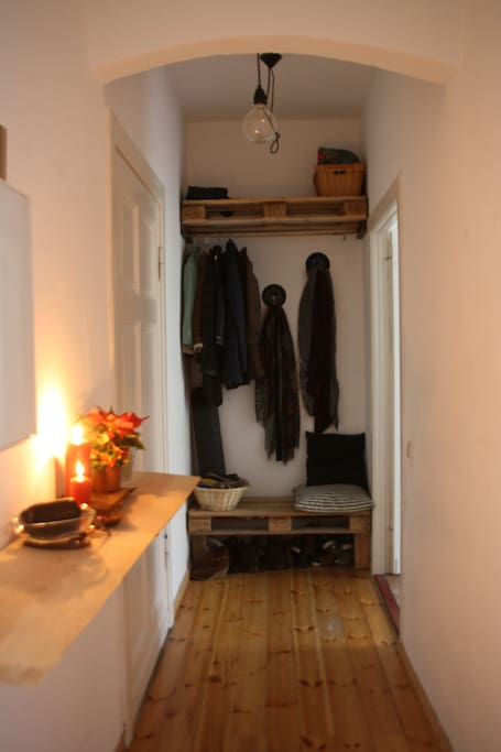 week end in berlin mitte wohnungen zur miete in berlin berlin deutschland. Black Bedroom Furniture Sets. Home Design Ideas