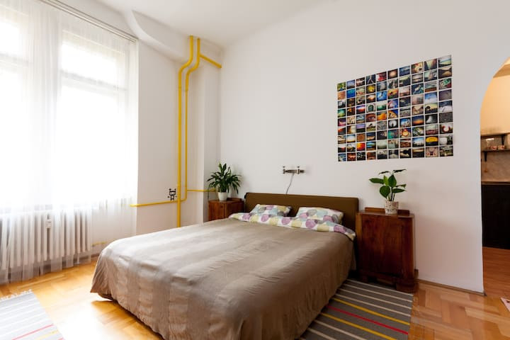 SecretGarden apt - free parking - Budapest - Departamento