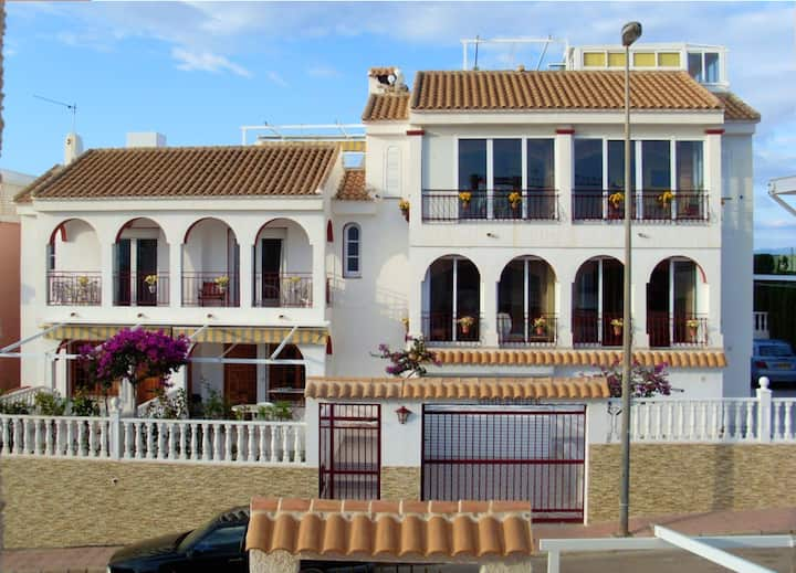 Apartment with 3 bedrooms in Mazarrón, with wonderful sea view, shared pool, furnished terrace