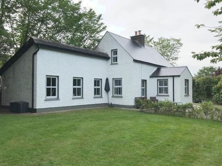 Ballymurn. Beautiful cottage in rural Ireland