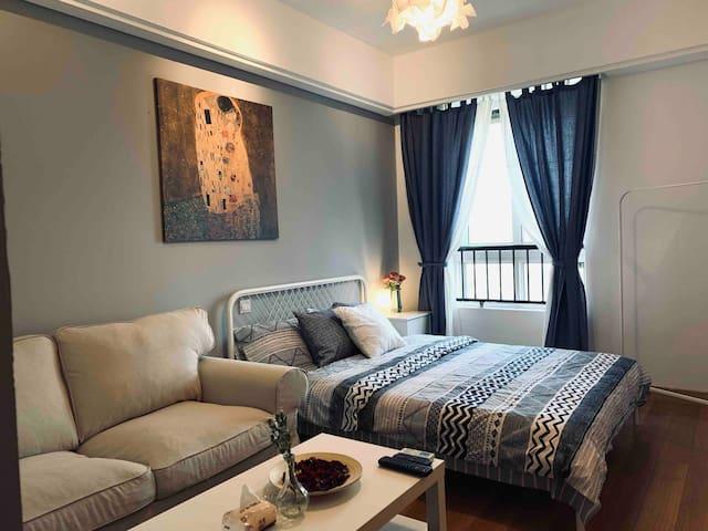 【乐享美寓】江南大学一号线近各大景点 高层精装一居室 设施齐 自助入住