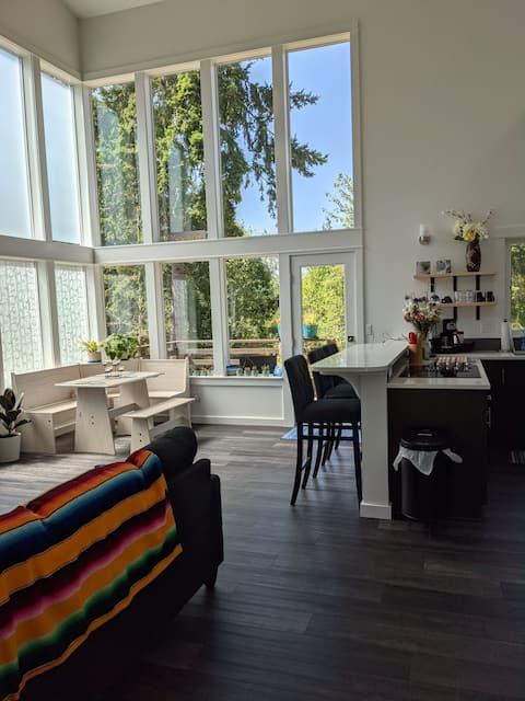 Loft-style 2 bed/2 bath home