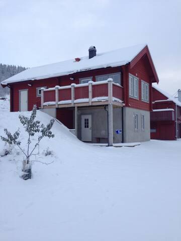 Åres bästa utsikt? Gårdshuset. Nära Björnenliften - Åre - Casa