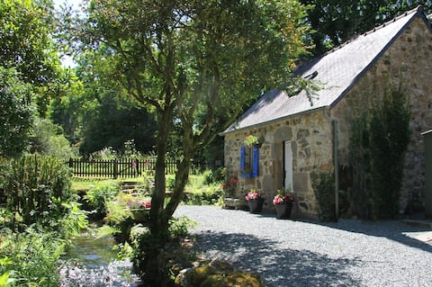 Streamside Gite in the quiet Brittany countryside