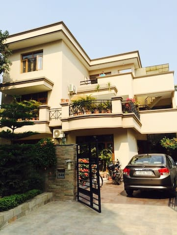Independent Room the heart of Chd - Chandigarh - Casa