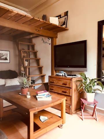 Salon / mezzanine lit 2 places