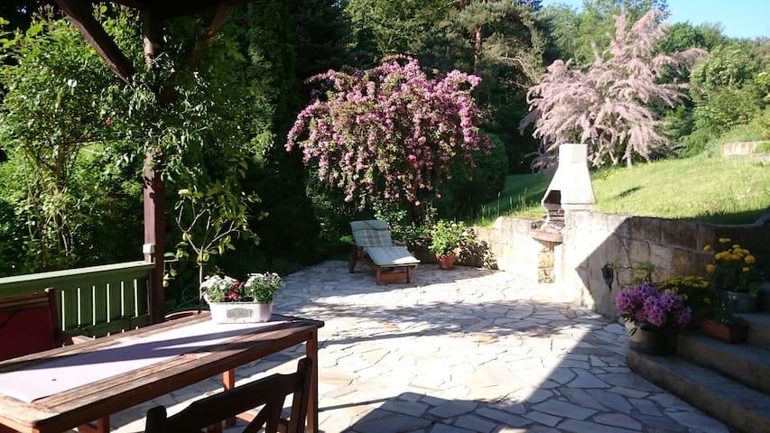 Haus mit Garten, Kamin und viel Platz