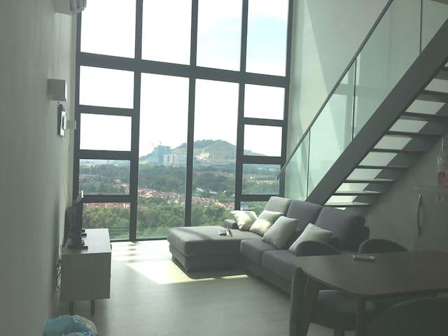Cosy Scenic Comfort duplex OneCity813@SubangJaya