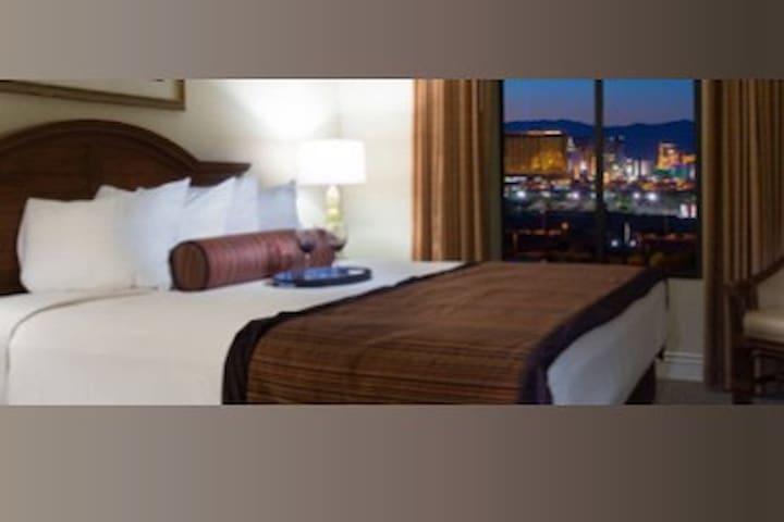 Las Vegas Tahitian Resort