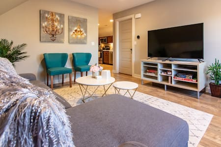 Fully Remodeled Home! HOSPITALS.NEWBO.DOWNTOWN