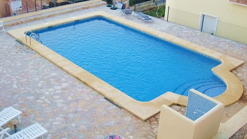 3 bed house with community pool - Gata de Gorgos - Rumah