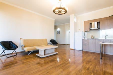 Apartment 11 - Тбилиси - Апартаменты