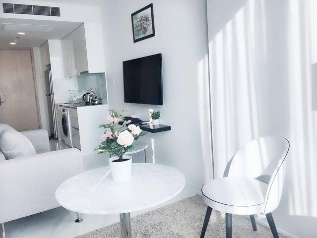 Amazing Brand New Room 2beds Near NANA/ 娜娜高档小区双床房