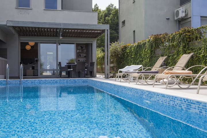 #FLH - Salted Lime - Pool Villa in Paliouri