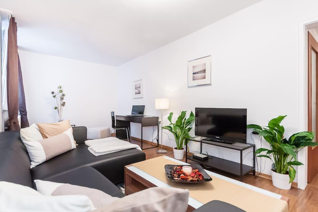 sch ne 2 5 zi wohnung ca 40 qm wohnungen zur miete in m nchen bayern deutschland. Black Bedroom Furniture Sets. Home Design Ideas