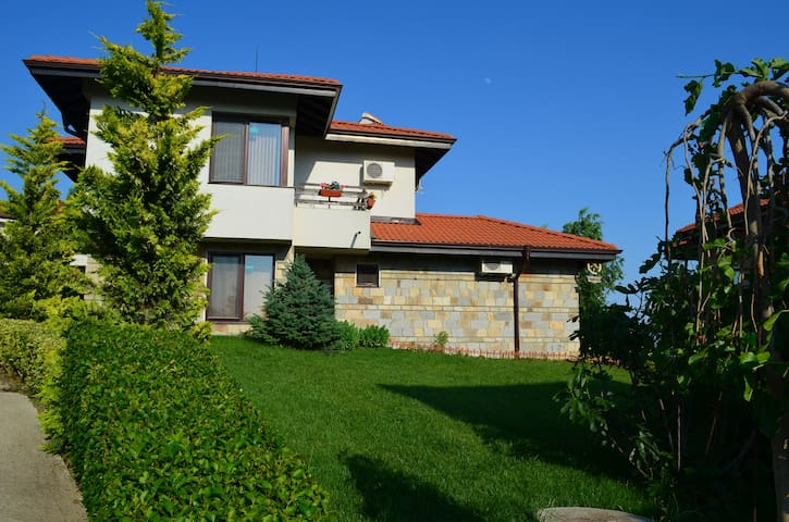 Villa on the Black Sea*** Bulgaria - Kosharitsa - Flat