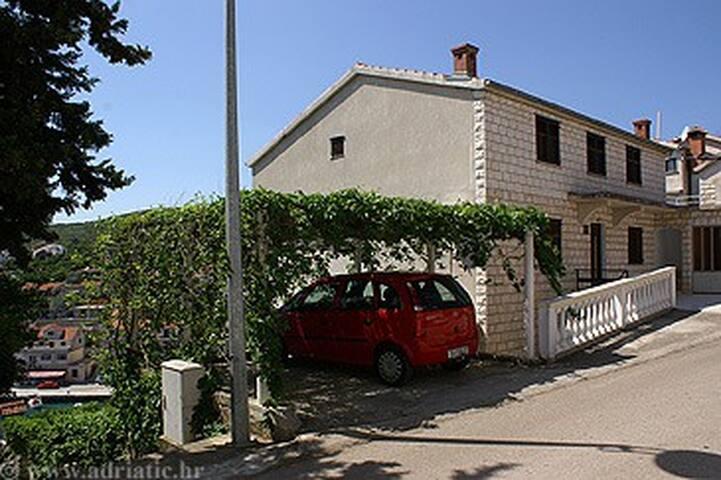 Sea view Apartments Laus Apt 5 - Čara - Wohnung