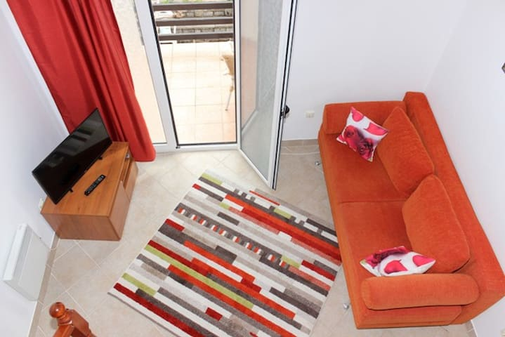 Apartment for 4 persons - Petrovac - Apartment