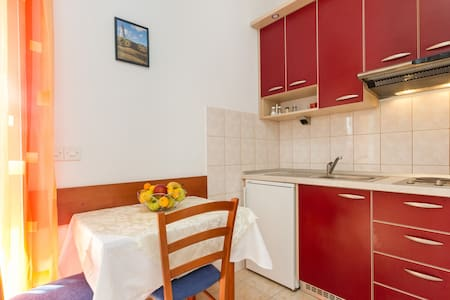 Red-luxury apartment by the sea - Jesenice