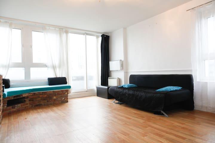 Nice Double Bedroom Flat in LONDON - London