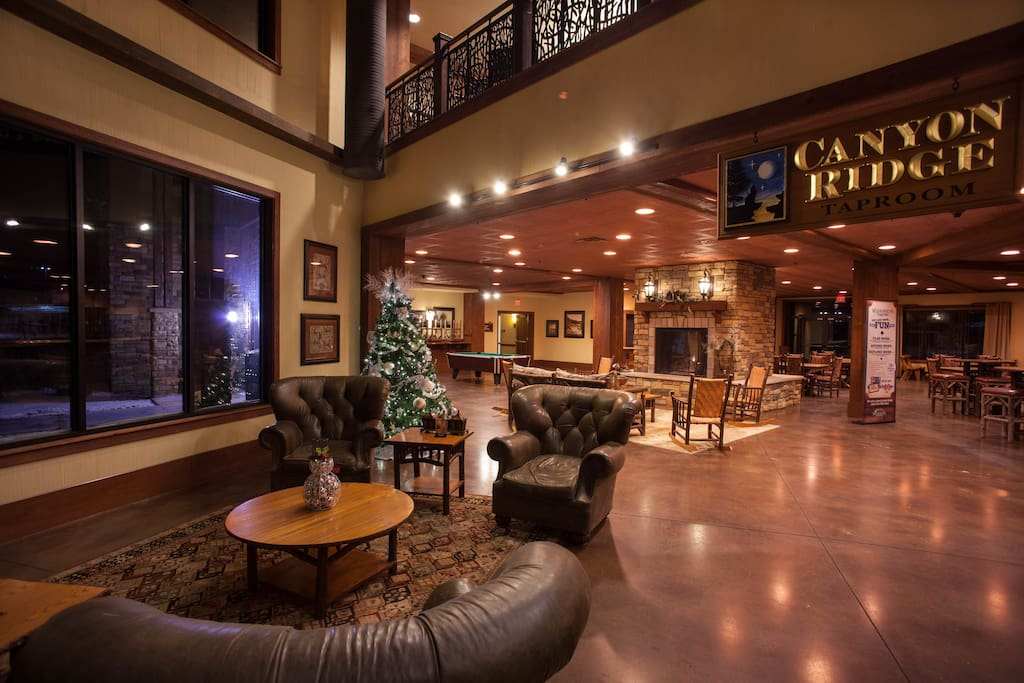 Wyndham Glacier Canyon 2 Bedroom Deluxe Resorts For Rent In Baraboo Wisconsin United States